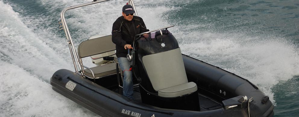 Eevelle Black Mamba Inflatable CC Boat