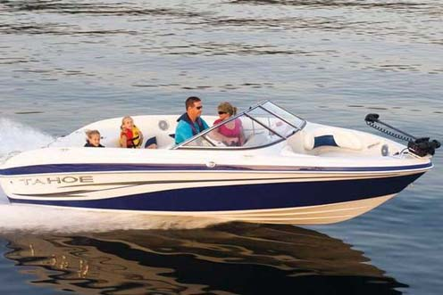 Eevelle Tahoe Ski Boat with Windshield